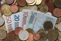 Duitse klanten met veel spaargeld op de bank gaan binnenkort betalen